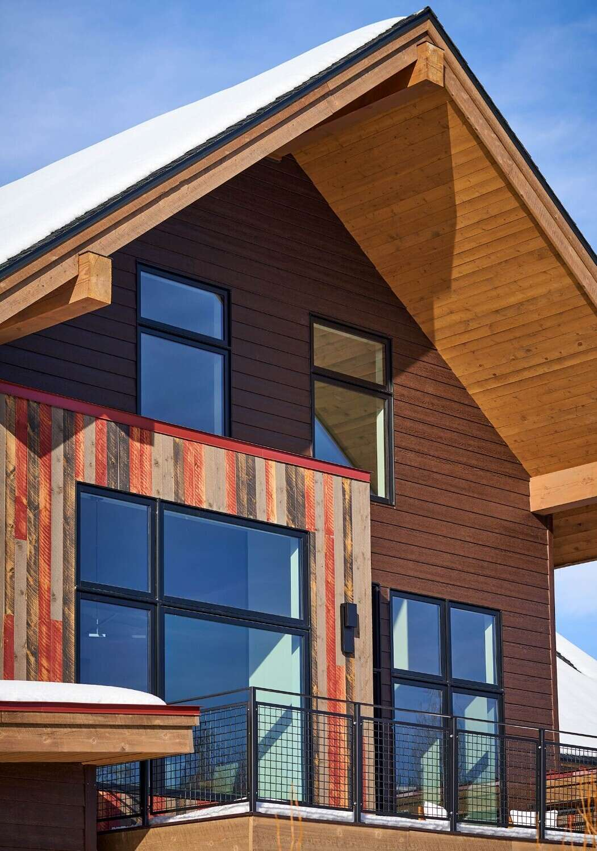 Vertical-Arts-Urban-Street-02-22-21-Patio-Exterior-Detail-Web-imresizer